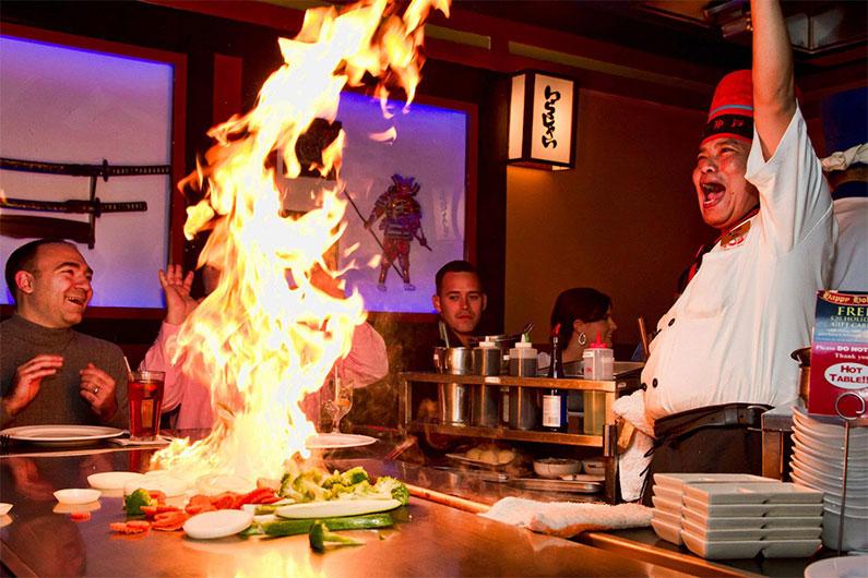 kobe-restaurante-mesa-do-chef-japones-eua