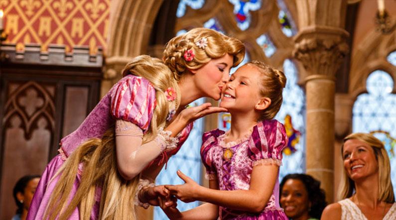 momento-mágico-disney-para-meninas-jantar-castelo