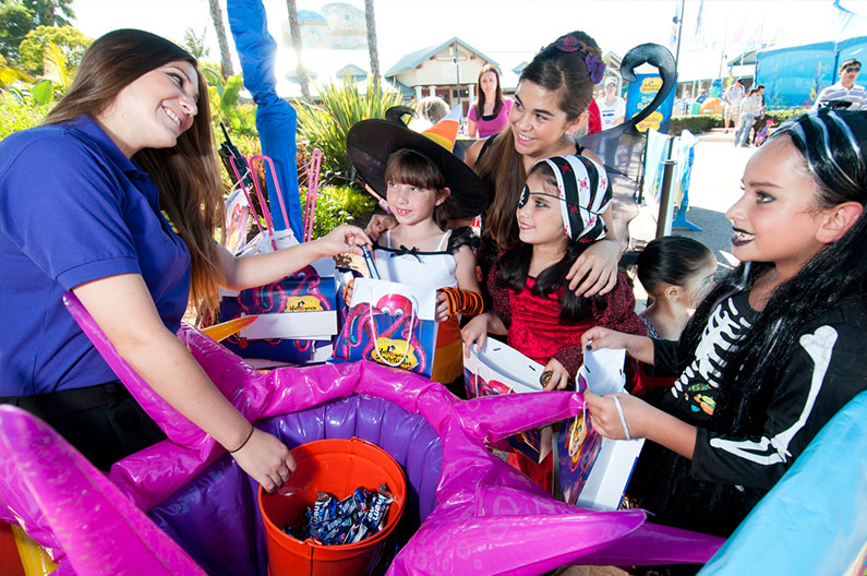 treak-or-treat-doces-seaworld