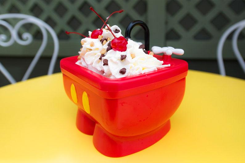 dicas-sorvete-em-orlando-disney-muitas-pessoas
