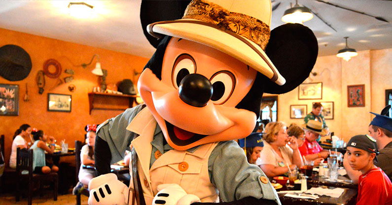 restaurante-comida-vegetariana-com-personagem-disney
