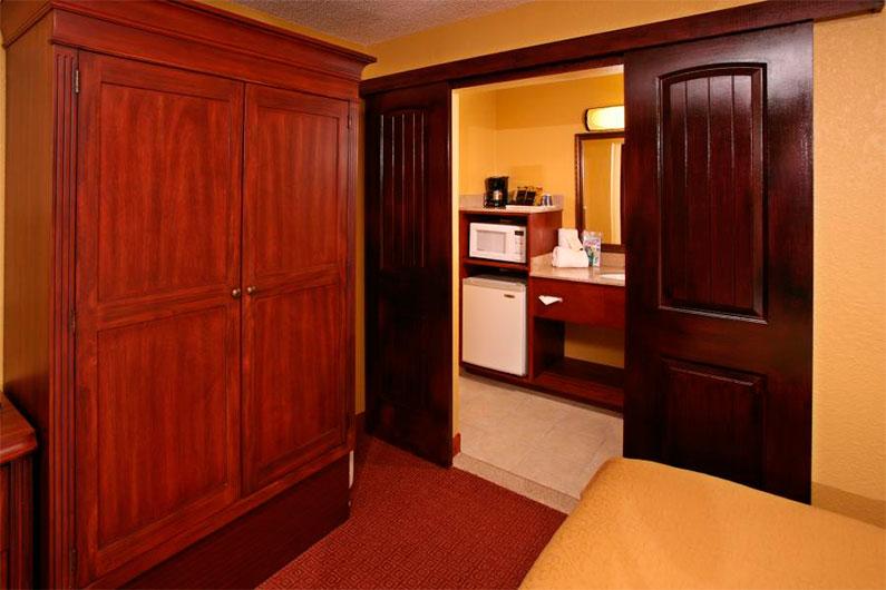 hotel-orlando-rosen-inn-international-drive-9000-excelente