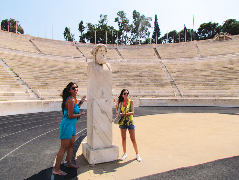 estatuas-no-estadio-panatenaico-atenas-grecia