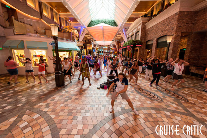 flash-mob-nos-navios-royal-caribbean