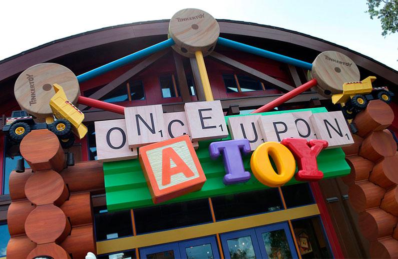 once-upon-a-toy-no-disney-springs-porque-ir