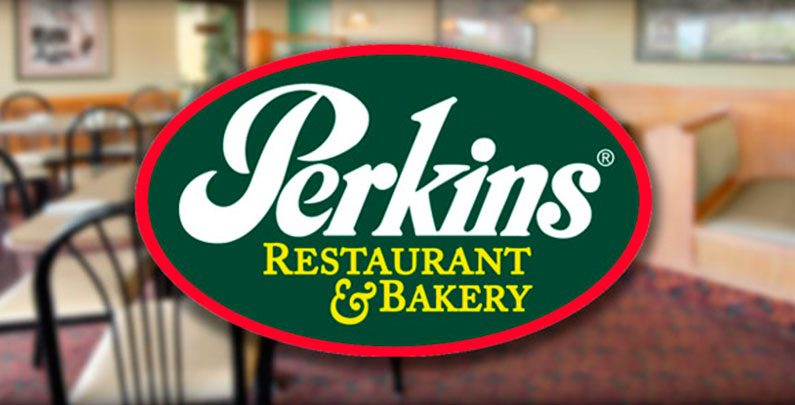 Perkins Restaurant & Bakery – do café ao jantar por até US$ 13,00