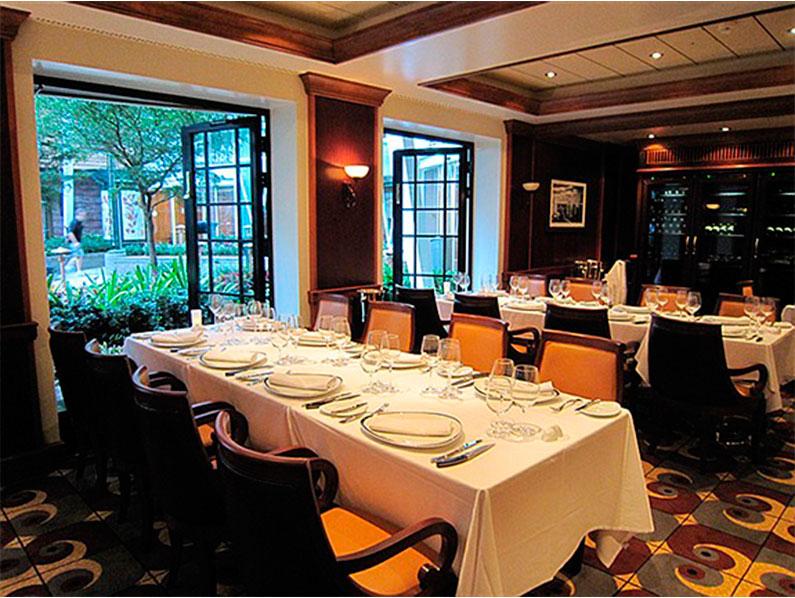 dicas-restaurantes-premium-royal-caribbean-naivos