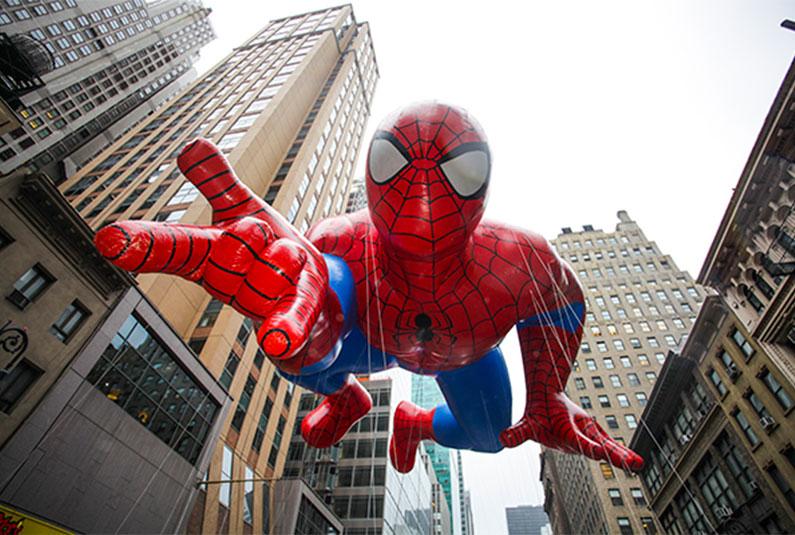 homem-aranha-na-thanksgiving-parade-nova-york